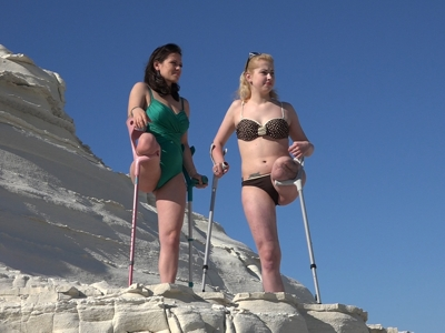 Sandra & Scarlett - White Cliffs 4K